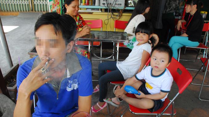 Smoking kills 100 people in Vietnam every day