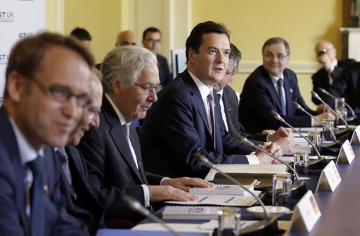 G7 smoothes divisions, agrees on currency policy