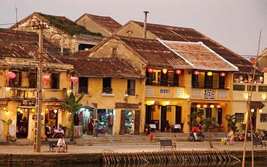 Hoi An includes lineage worship house to tour