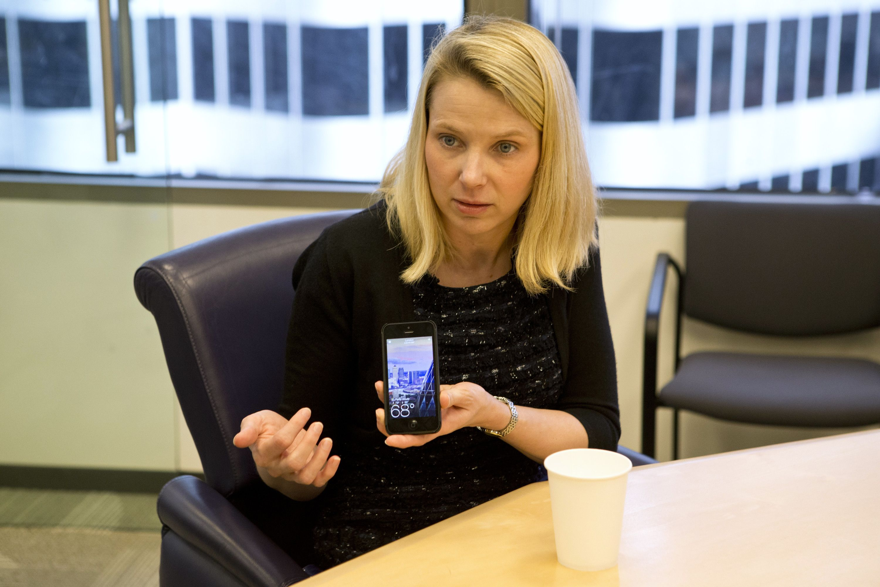 Yahoo! results show mixed picture for CEO Mayer