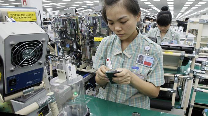 Vietnam October exports surpasses US$100 bln