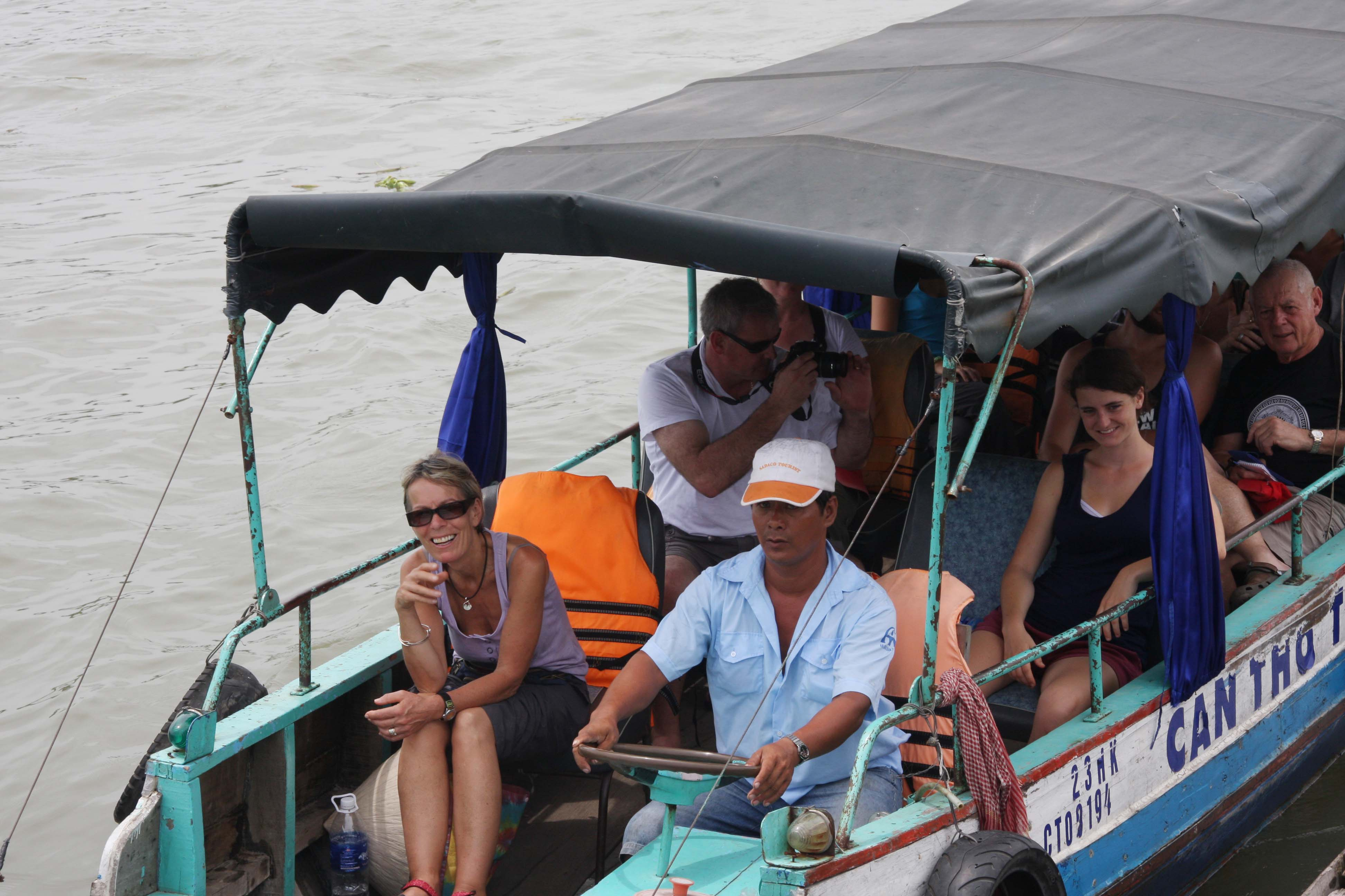 WB launches new anti-flooding project in Mekong Delta's biggest city
