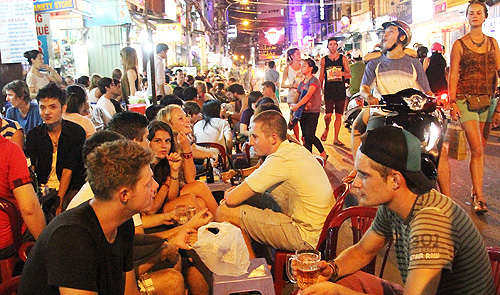 Ho Chi Minh City backpackers' town