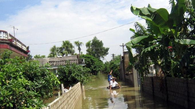 Typhoon Usagi causes flooding in Vietnam