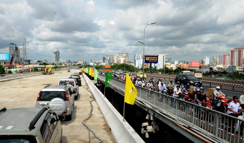 Saigon 2 Bridge to open for traffic in November