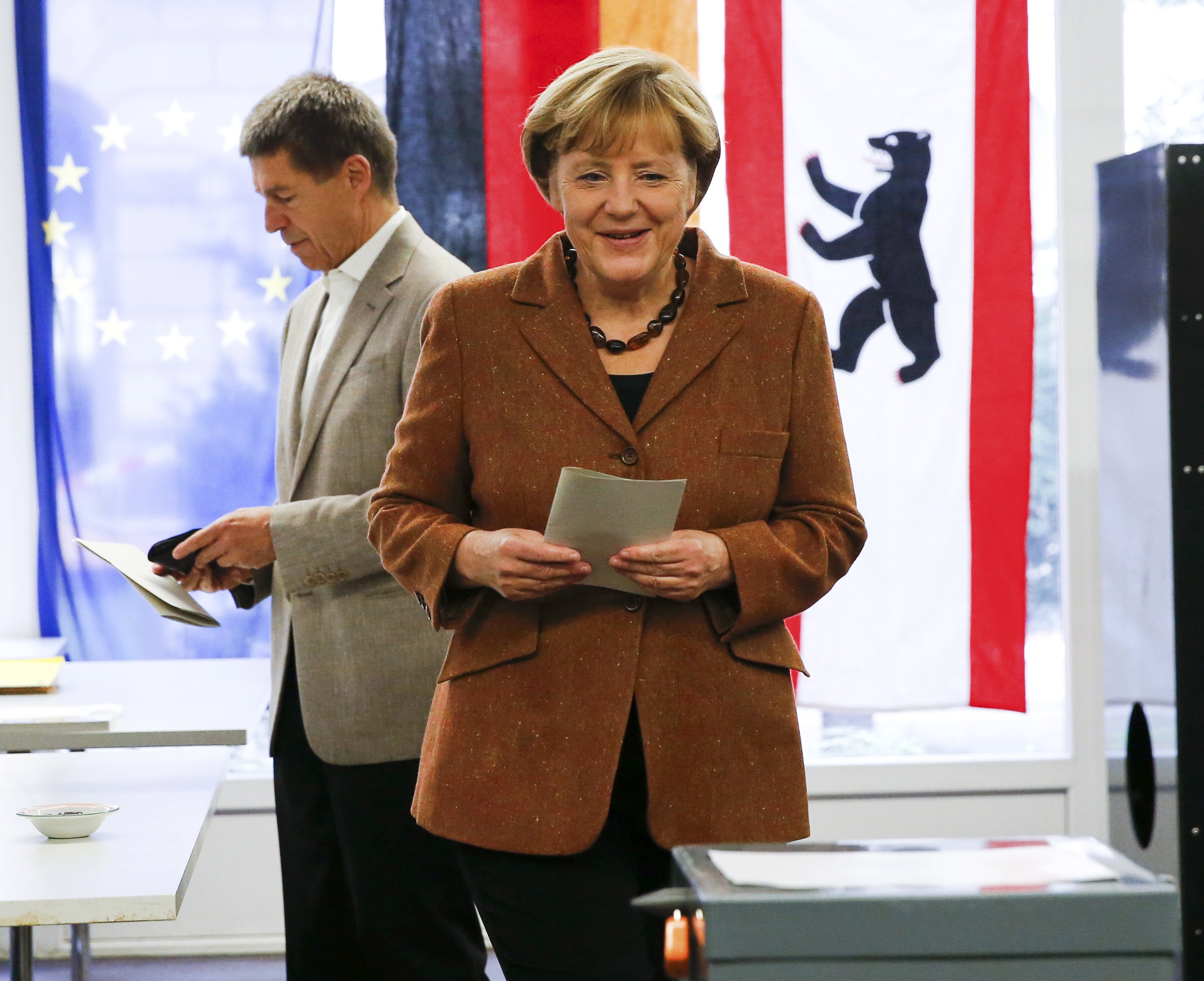 Merkel wins in Germany, 'grand coalition' likely: exit polls