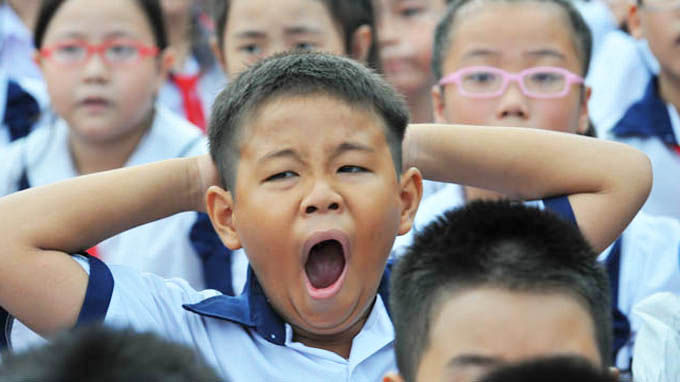 Vietnamese parents oppose early school hours