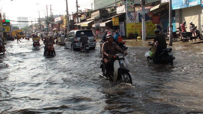 Floods at record high in Ho Chi Minh City