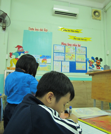 HCMC parents argue over necessity of classroom air conditioners