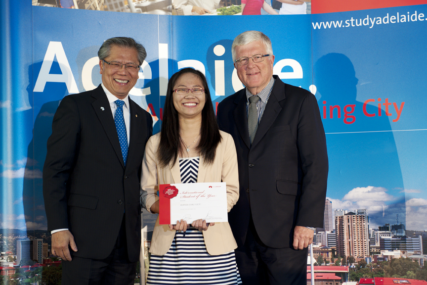 Vietnamese named 'International Student of the Year' in Australia
