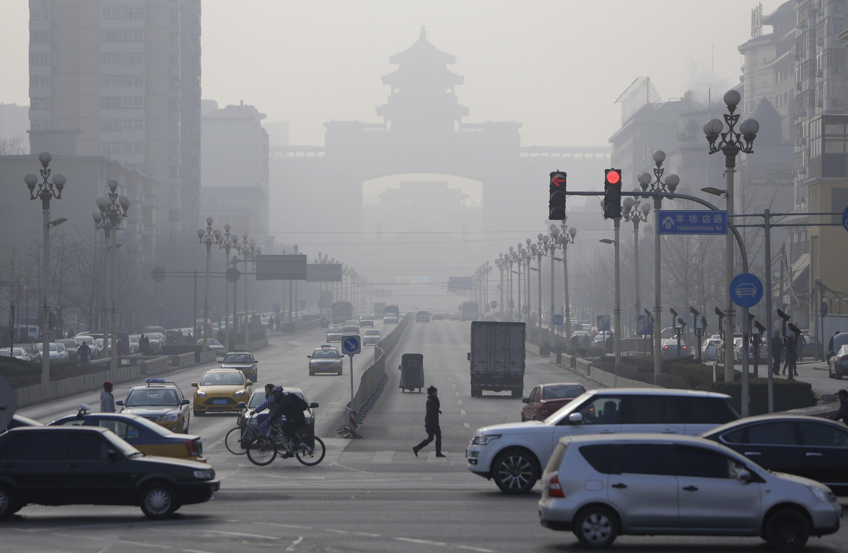 China smog makes capital