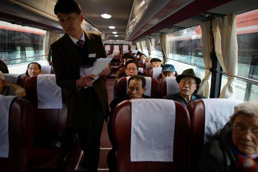 Bittersweet tears as divided Koreans meet after 60 years