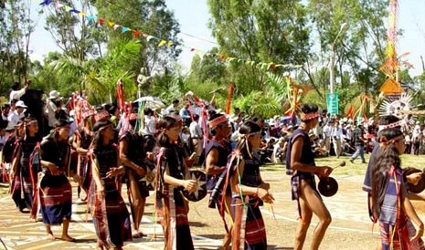 'Ning nong,' a time of celebration in Central Highlands
