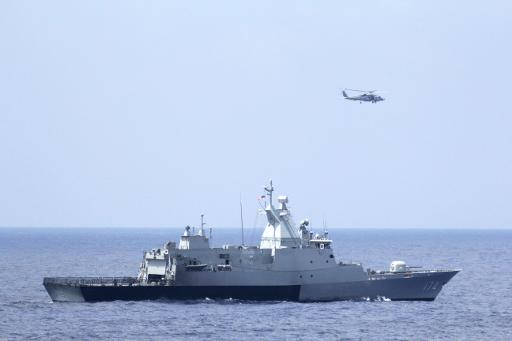 New US lead thrusts Malaysia jet search into Indian Ocean