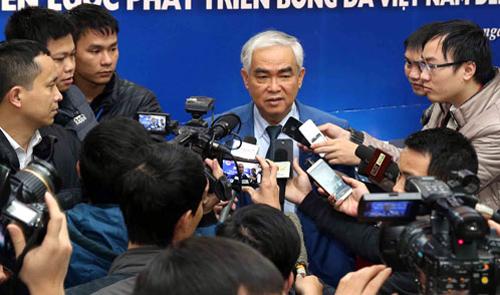 Vietnam bets football development on Japanese coaches