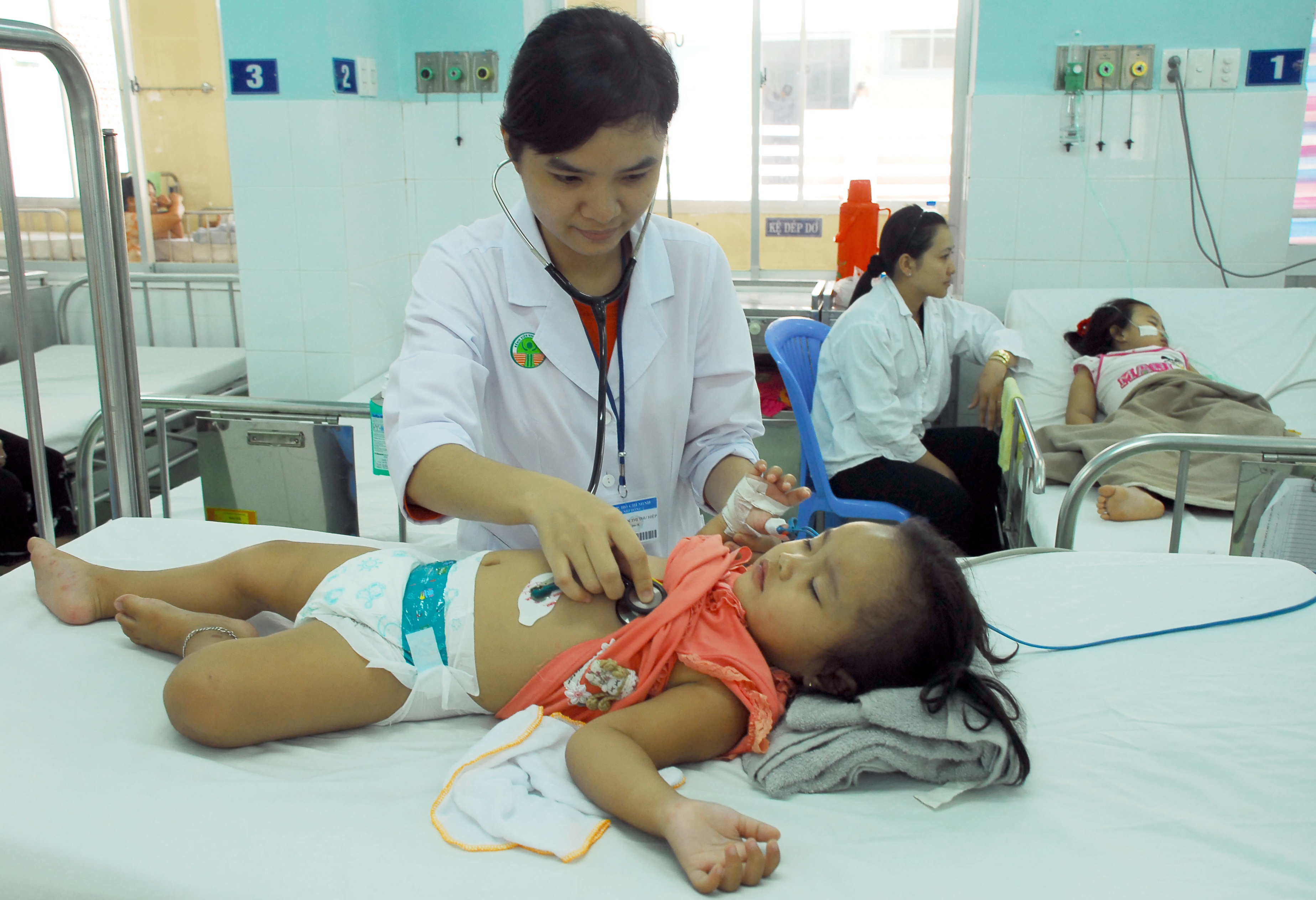 Vietnam hospital lab awarded international accreditation