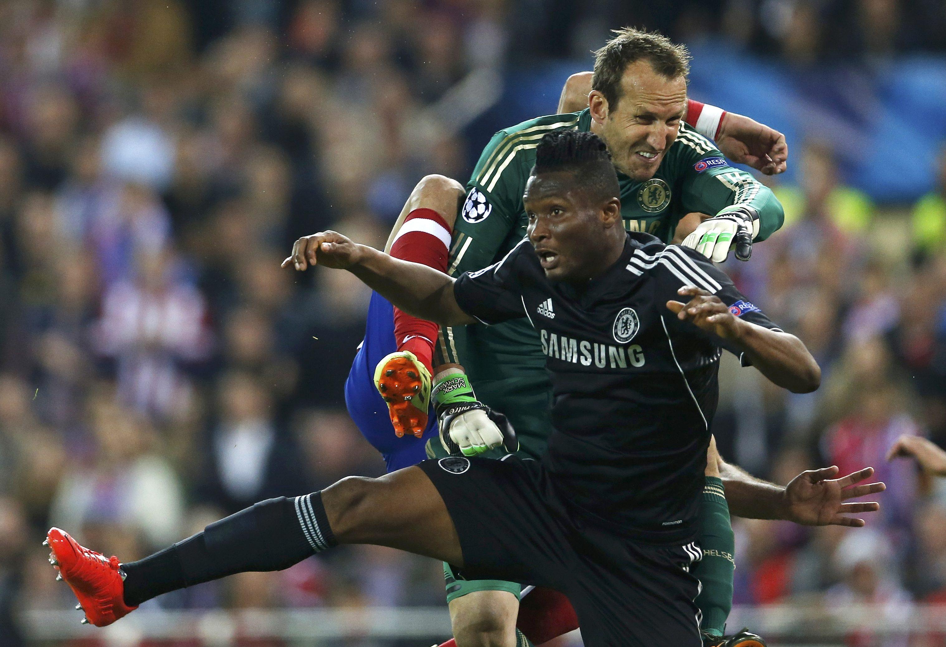 Mourinho's cautious Chelsea frustrate Atletico
