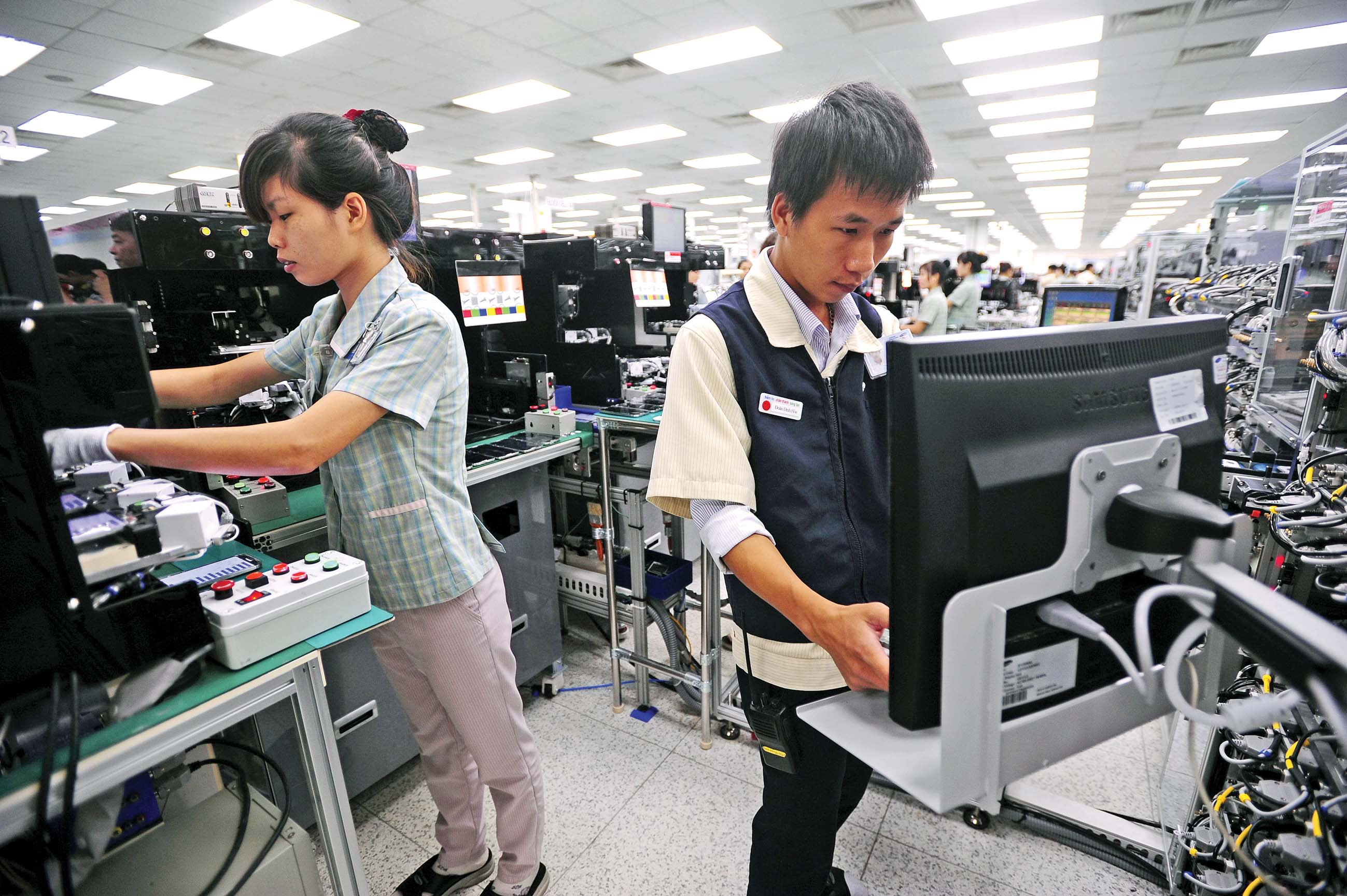 Samsung gets green light for $1bn LCD plant in Vietnam's southern hub