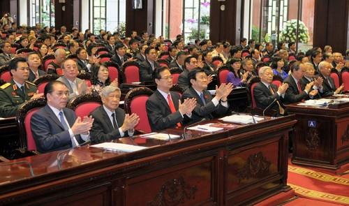 Vietnamese lawmakers ask legislature to issue resolution on East Vietnam Sea