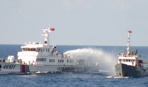 China sends 'fishing' boats with reinforced prows to Vietnam's waters