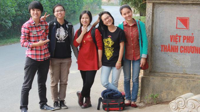 Hanoi girl digs deeper into Vietnam cultural strata