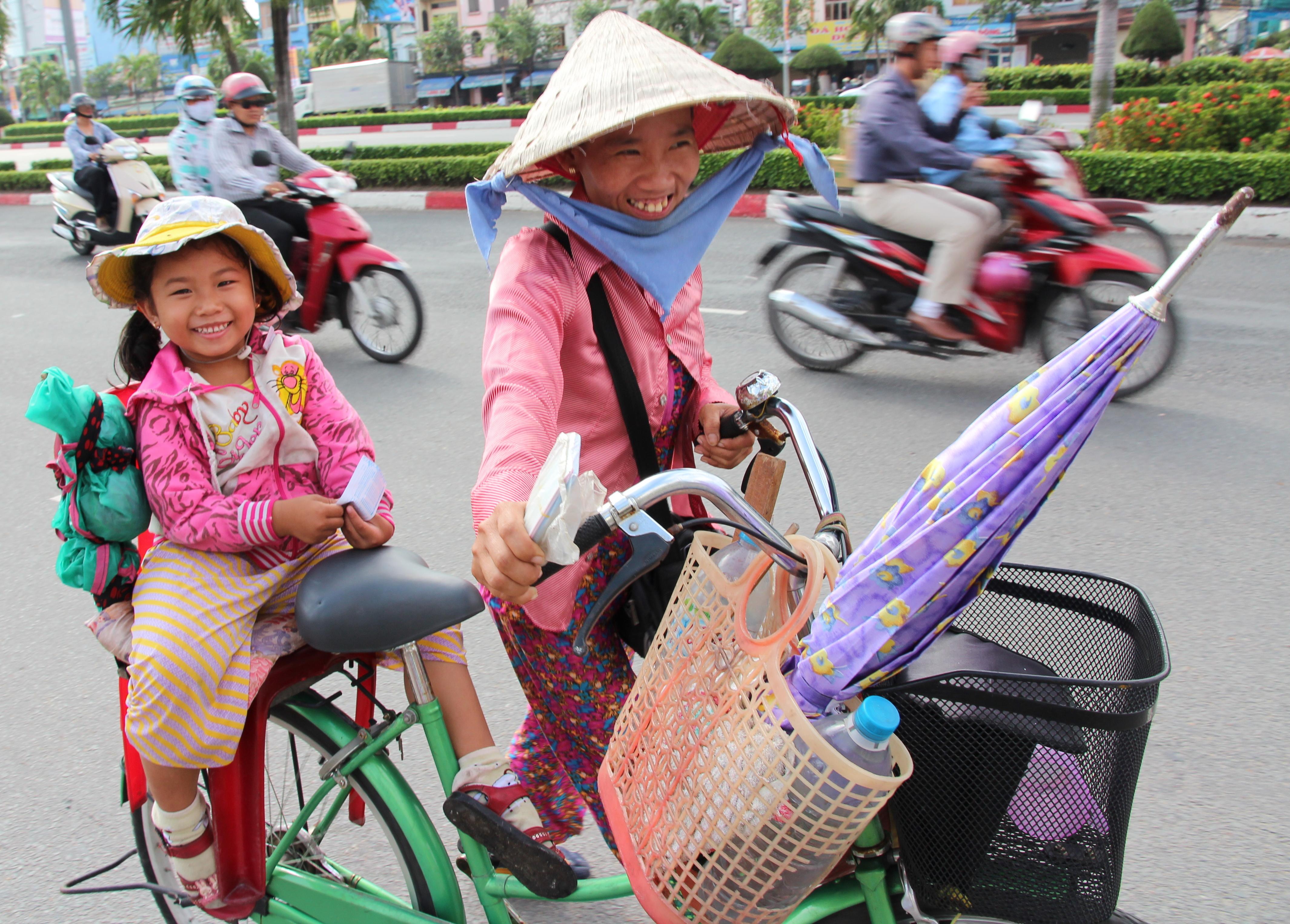 Saying 'yes', 'no' the Vietnamese way