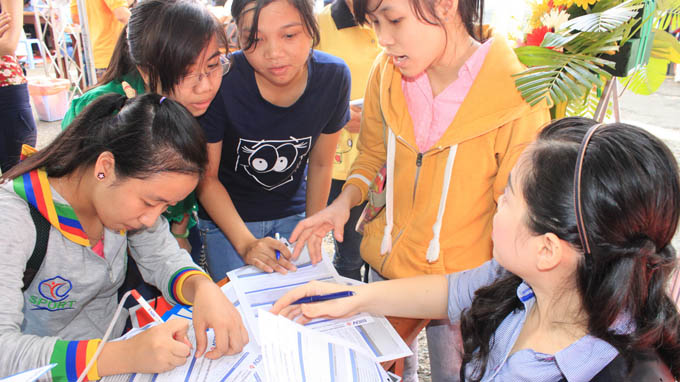 241,400 people with a degree jobless in Vietnam