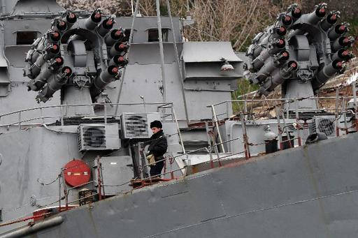 Russia starts reinforcing naval fleet in Crimea