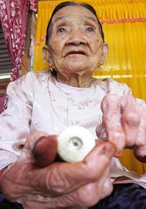 A mountain herbalist in Vietnam