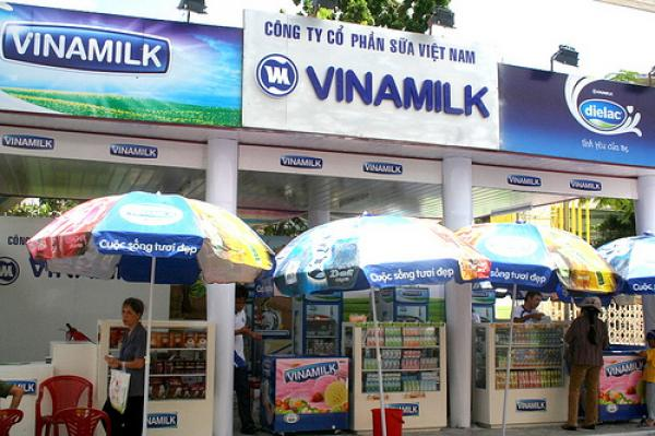 Vietnam's top dairy producer wins global food industry award