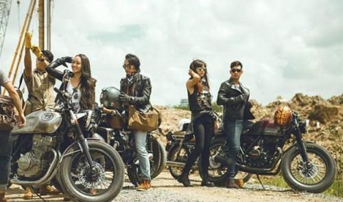 Café Racer bikes a new fad in Vietnam metropolis