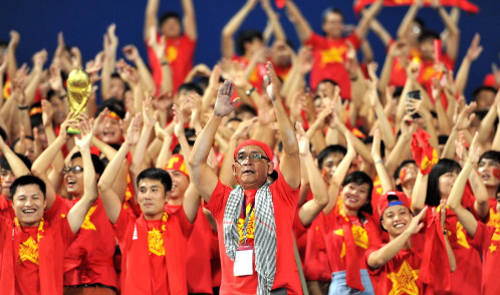 Vietnam football body rapped for wanting to send youth team to World Cup qualifiers