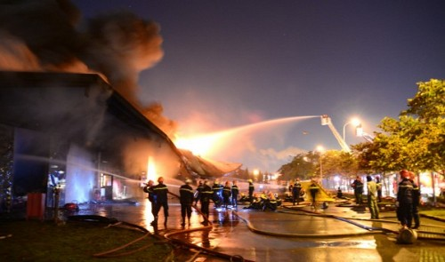 Chemical-fueled fire rages at Japanese-owned firm in Vietnam
