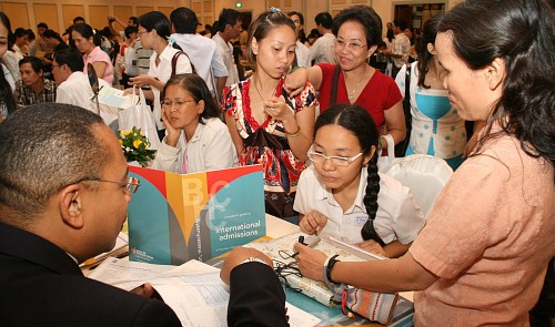 American Center to hold study in US information day in HCMC tomorrow
