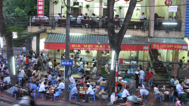 Beer serving places shouldn't be hotter than 30°C: Vietnam ministry