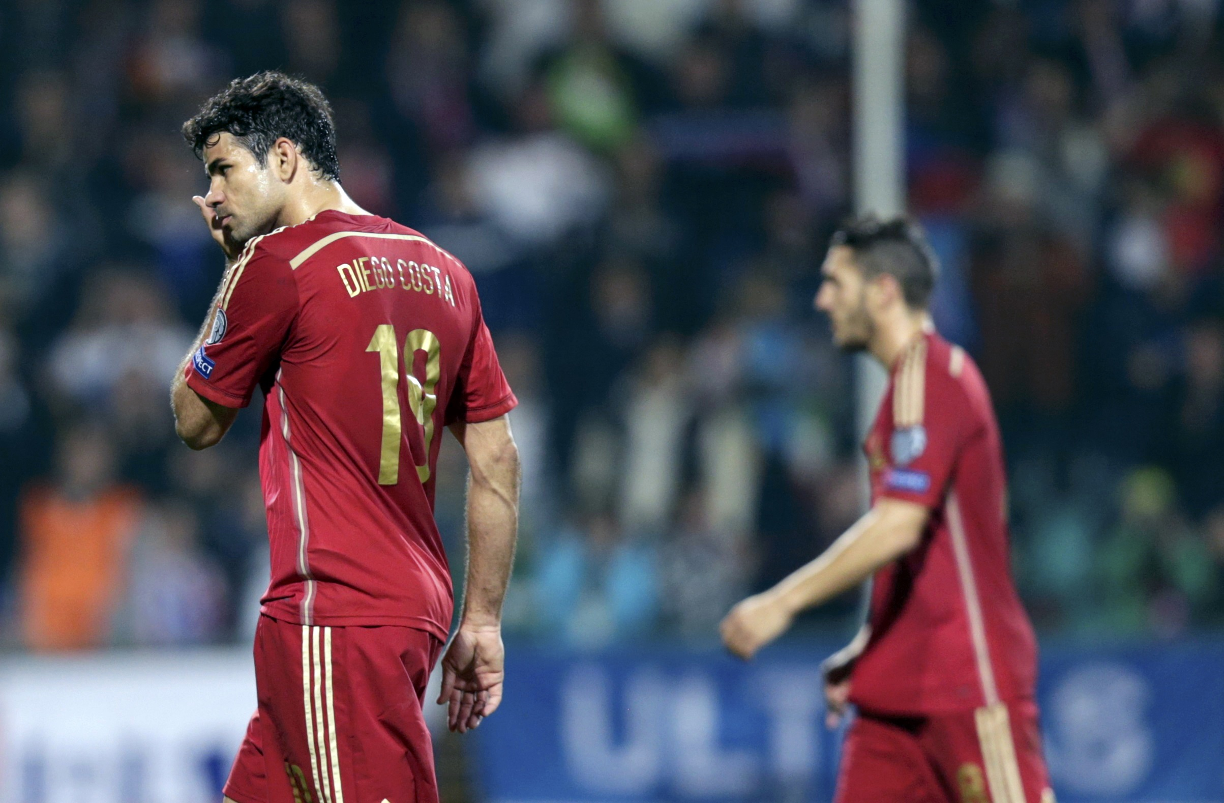 Spain not on downward spiral, says Del Bosque after defeat