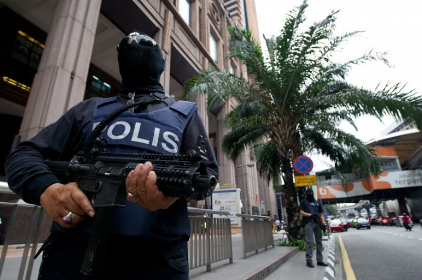 Police searching for Vietnamese killer in Malaysia