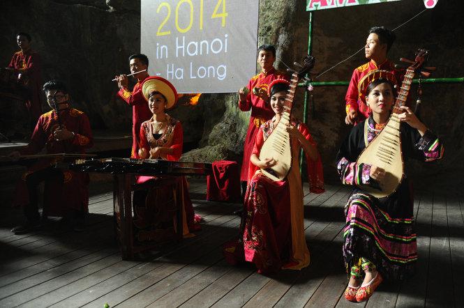 Public worried about concert's potential harm to Vietnam's Ha Long Bay cave