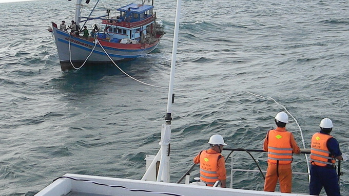 Vietnam fishing boat returns after being missing for eight days