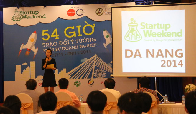 Glasses for disabled win maiden Startup Weekend event in central Vietnam