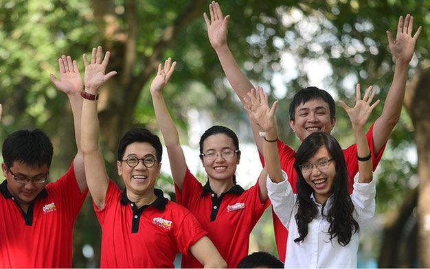 Vietnam artists join hands to heighten public awareness of road safety
