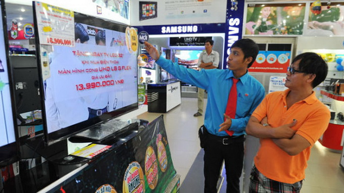 Vietnam electronics stores hurt by warranty cons