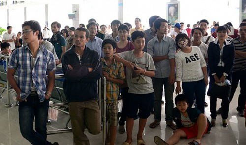 No compensation for airlines affected by blackout at Vietnam's largest airport: watchdog