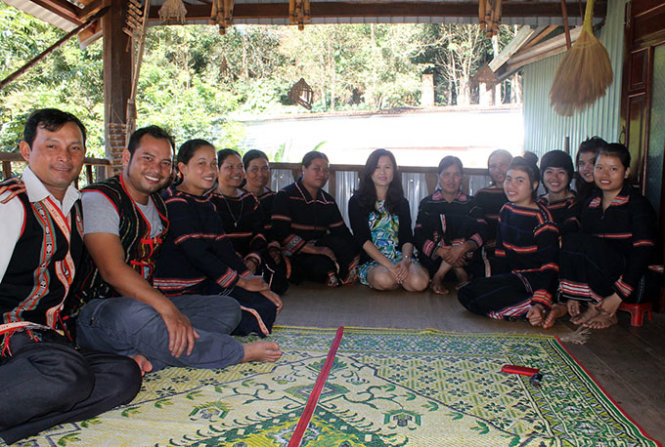 Ethnic master's degree holder helps promote indigenous culture