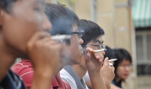 40,000 die of smoking-caused diseases every year in Vietnam
