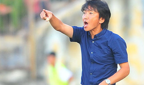 Coach Miura a 'soccer sorcerer' in the eyes of Vietnam fans