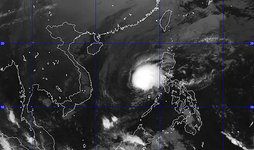 Storm Hagupit to weaken before hitting Vietnam