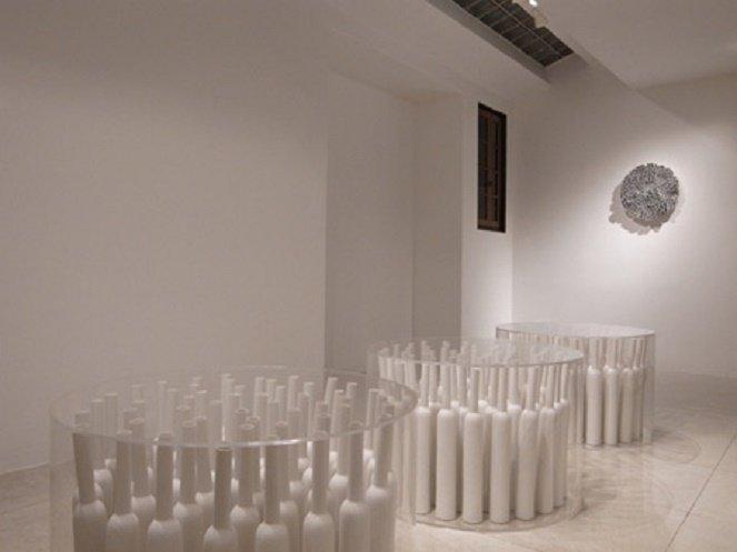 Korean artists display ceramics, installations in Hanoi