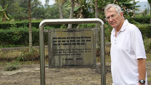 Seymour Hersh recollects My Lai Massacre investigation during 1st Vietnam visit