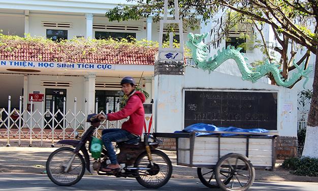 Vocational schools in Vietnam struggling to survive